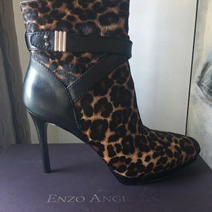 Enzo Anglioini leopard Ponyhair boots 'NEW'